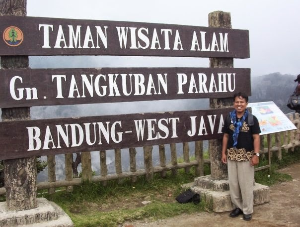 Taman Wisata Alam Gunung Tangkuban Perahu Bandung