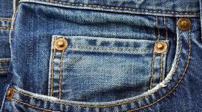 Fungsi Kantong Kecil pada Celana Jeans yang Sebenarnya