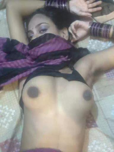 Meenakshi bhabhi nude black nipple pics   nudesibhabhi.com