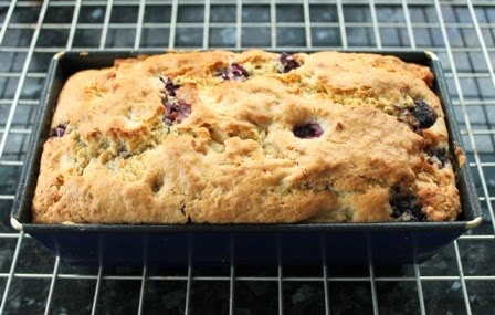 Blackberry & Apple Almond Loaf Cake. Vegan recipe.