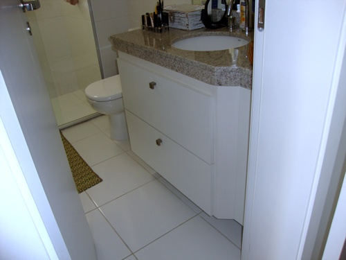 Marcenaria Mirueira Gabinete de banheiro com porta basculante -> Gabinete De Banheiro Canto