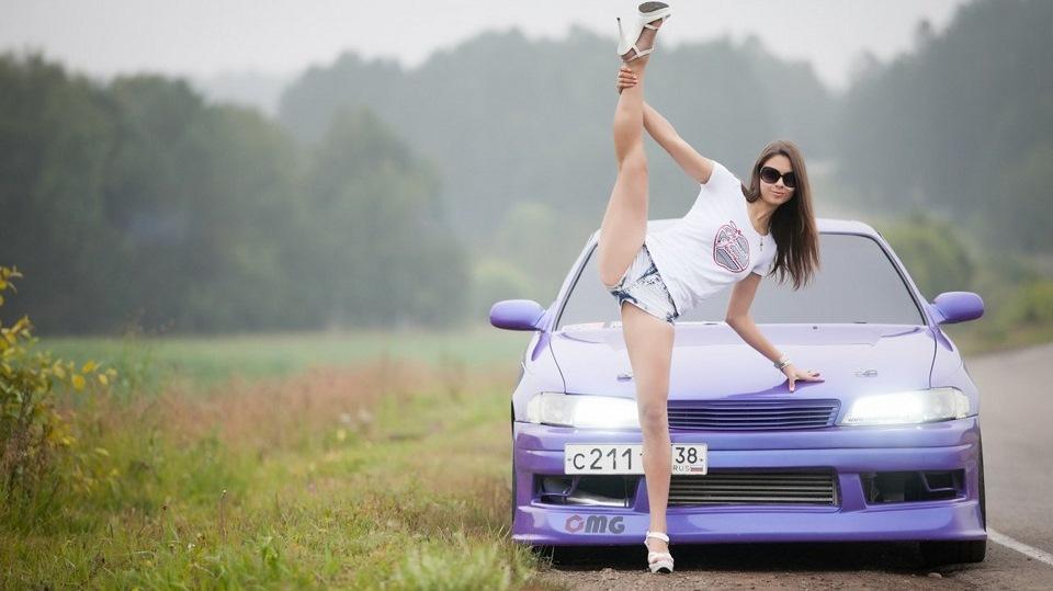 Toyota Mark II JZX90, panienka i samochód, fotki