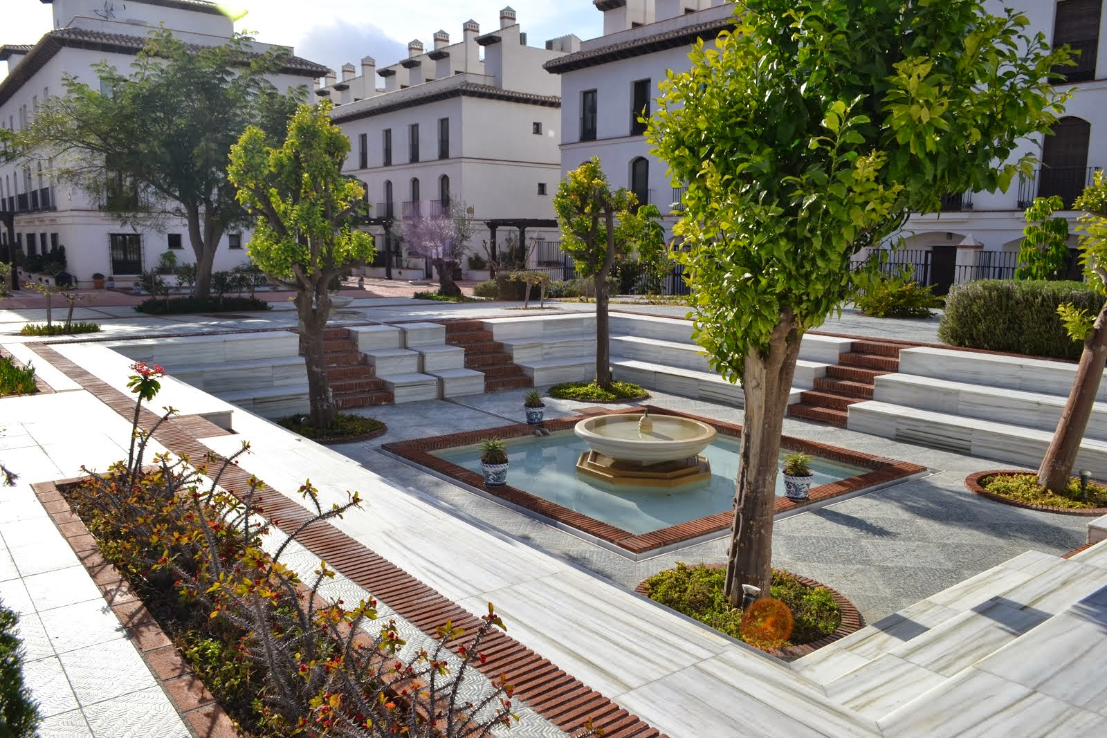 Alquiler apartamento en velez de benaudalla terrazas del for Jardin spanish