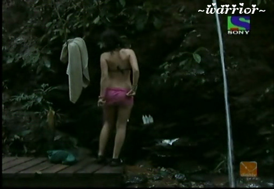 Nigar Khan Indian sexy Artist Bathing In Jungle
