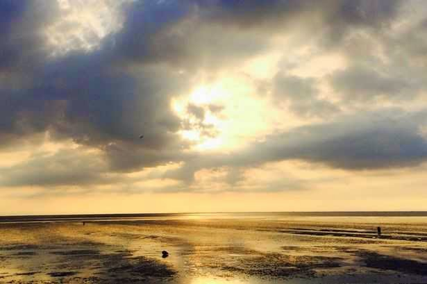 'Face of God' spotted in the skies over Norfolk