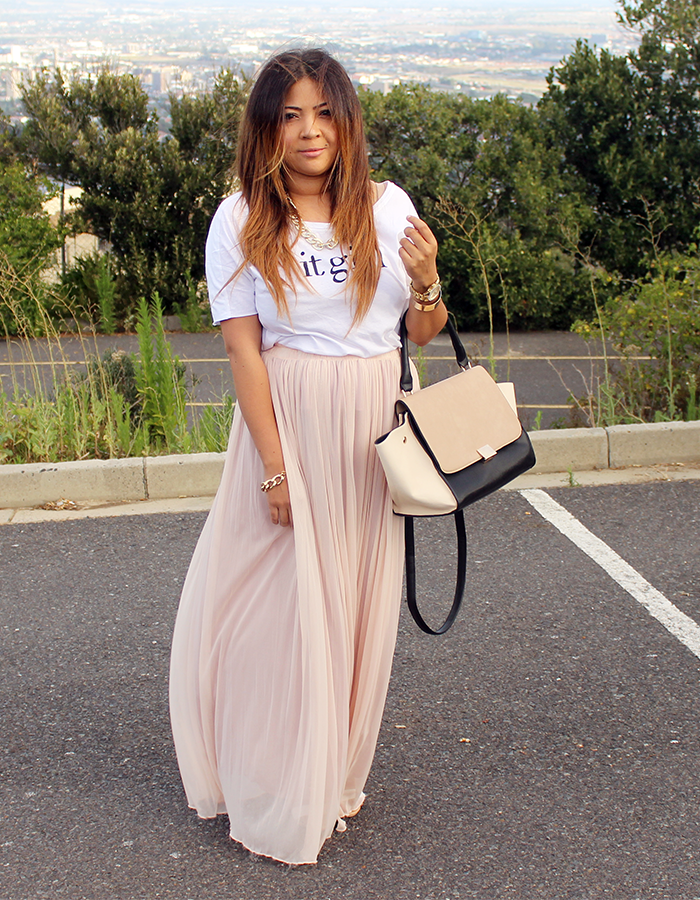 mango it girl, it girl t shirt, maxi skirt, pink skirt, blackcherry, celine trapeze, long ombre hair, ombre hair blogger, t shirt & skirt ootd, ootd, how to wear a maxi skirt, pink maxi skirt, long ombre hair, fashion blogger ombre hair