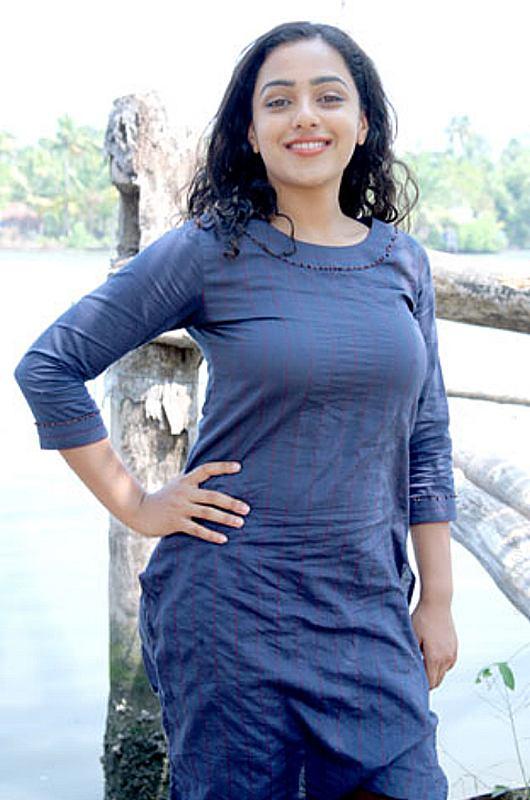 Nithya Menon New Hot Photo Shoot