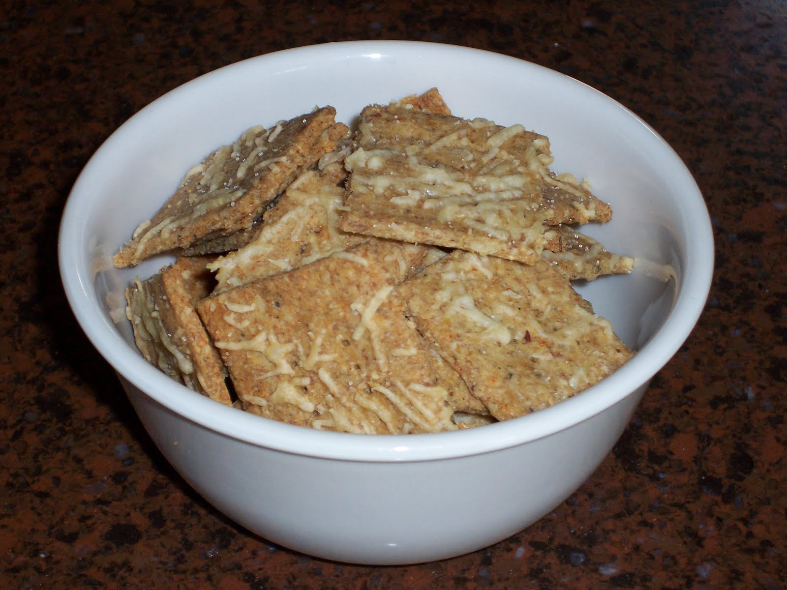 Delicious Low Carb Recipes: Low Carb Parmesan and Herb Crackers