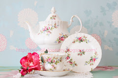 Royal Albert Moss Rose Teaset