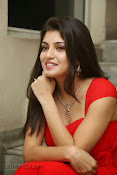 Priyadarshini Glam Pics in Red at Dillunnodu audio-thumbnail-11