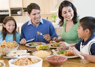 manfaat makan bersama keluarga dirumah