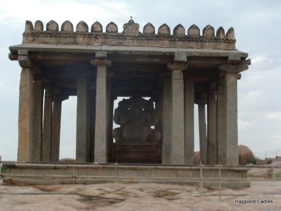 Sasivekalu Ganesha Temple Hampi