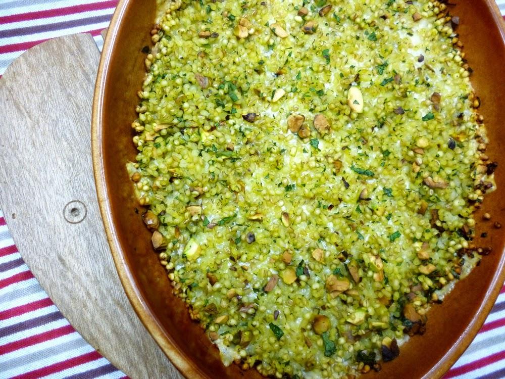 Zapiekanka jęczmienna z pistacjami