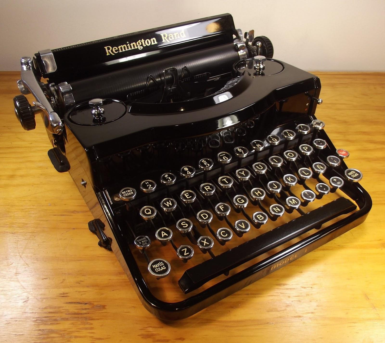 oz.Typewriter: Remington Rand Model 1 Portable Typewriter