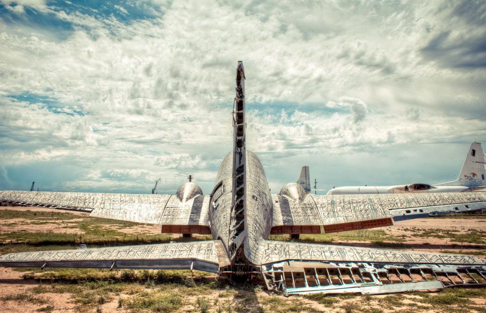 aviões viram obras de arte