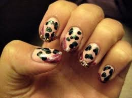 soft angel nails  simple nail designs for round nails