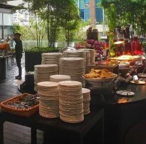 Restaurant Buffet Studio M Hotel Singapore