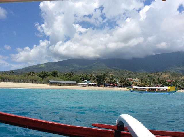 puerto galera review, beach in philippines, travel blogger philippines,