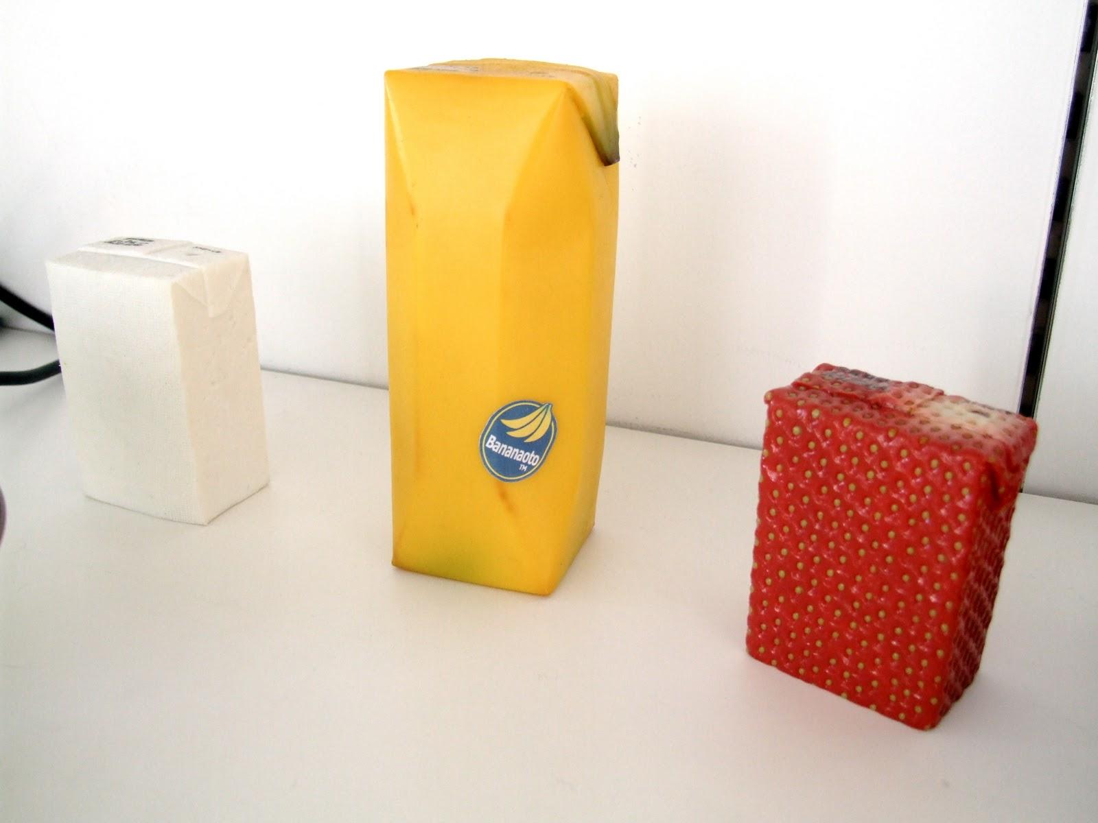 Banana_Strawberry_milk_juice_box_drink_packaging_design+%25285%2529.jpg