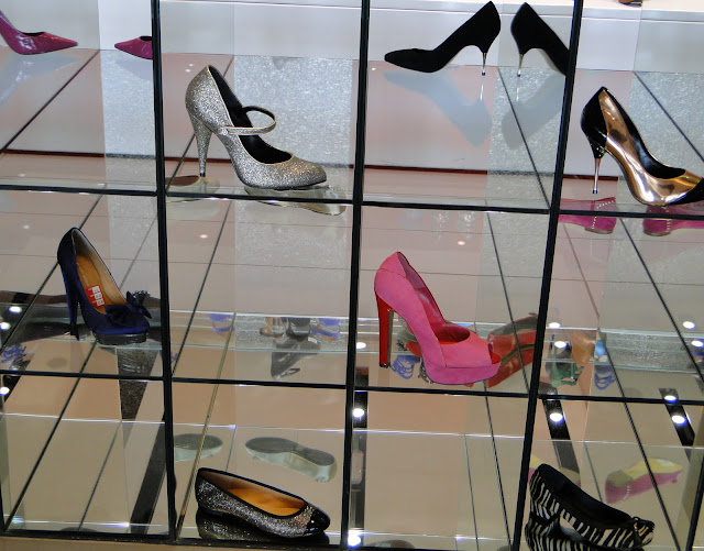 Shoes Heaven, London, Heathrow Airport