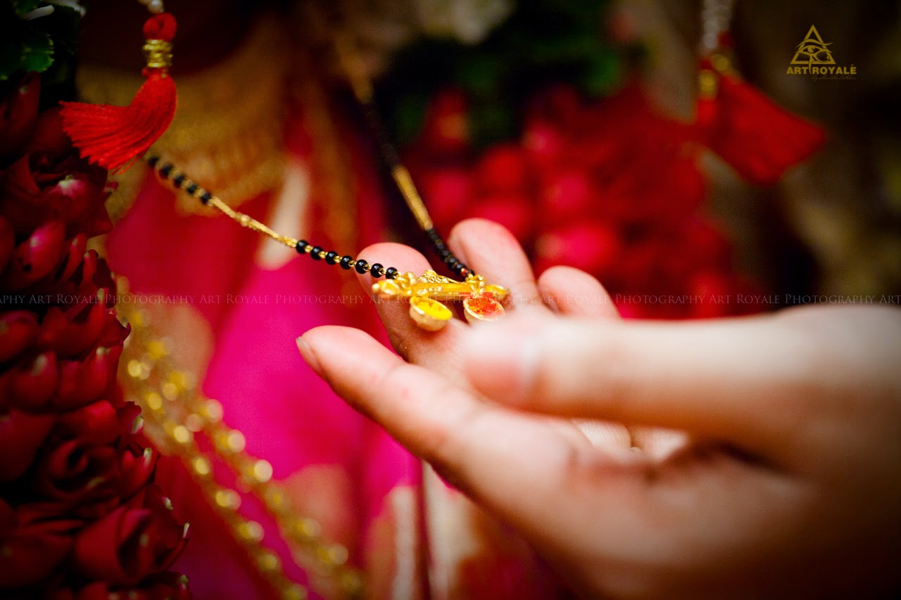 Daily Photo Buzz Maharashtrian Wedding Photography