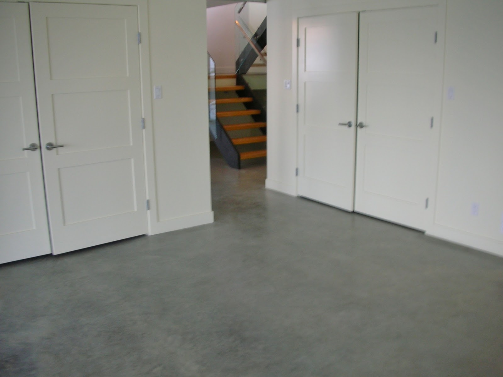 MODE CONCRETE Concrete Floors Easily Create Design Element Next To These Mo
