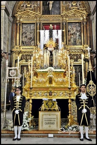 Paso de la Soledad de San Lorenzo en su iglesia 2013