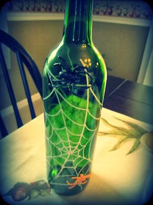 Coastalpines spider wine bottle craft halloween craft swap for Bottle craft