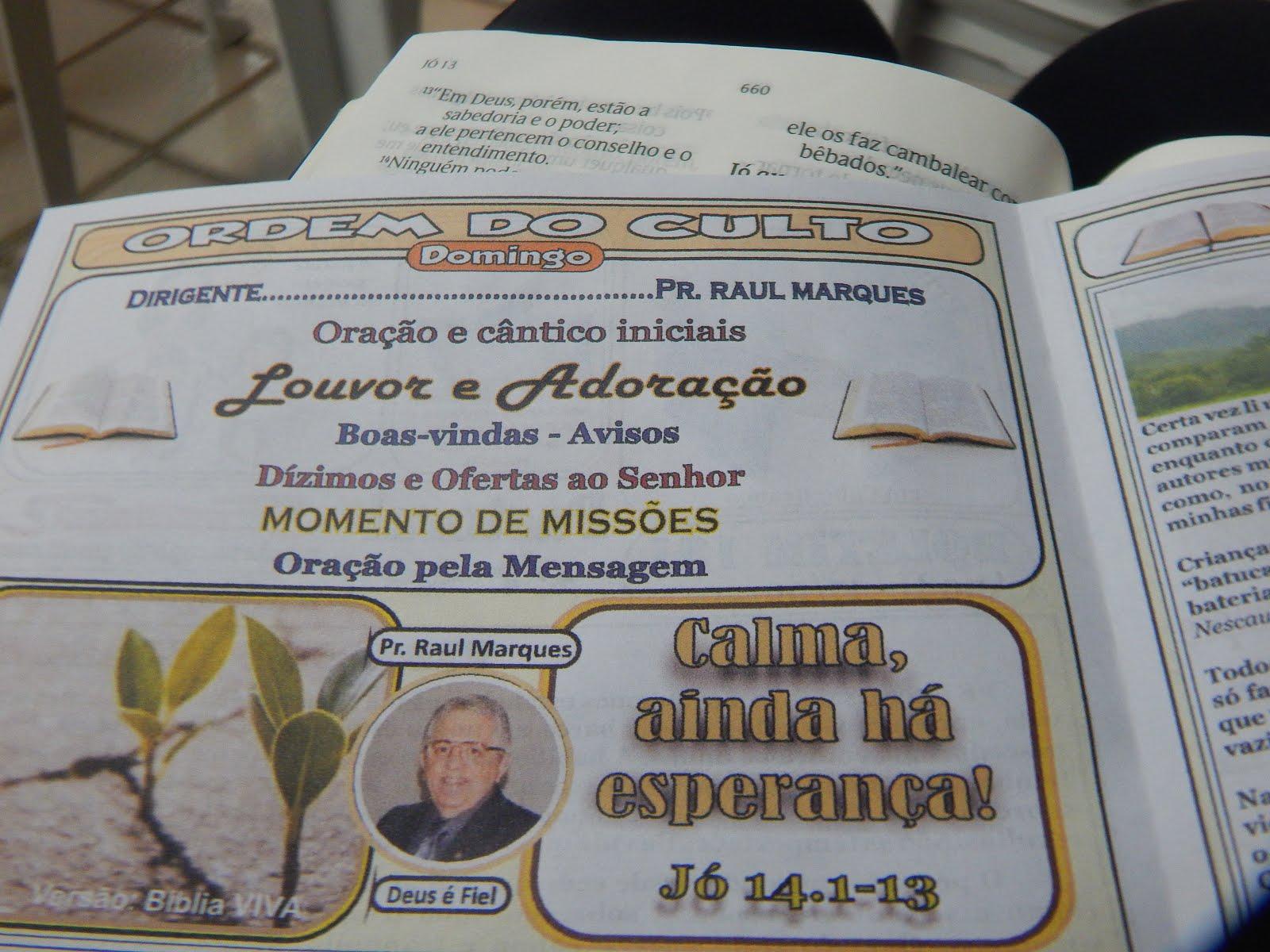 EDIFICADOS PELA PALAVRA