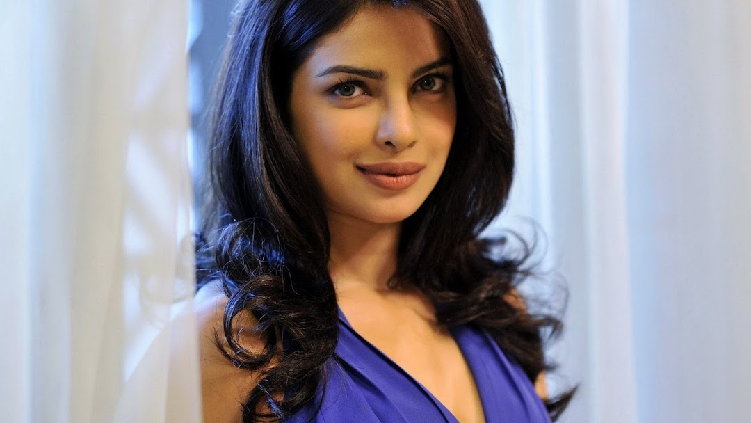 Priyanka Chopra HD Wallpaper 2
