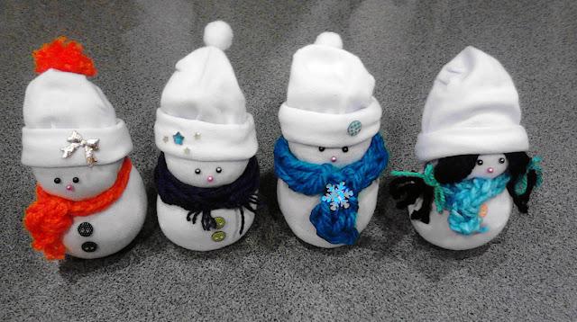 socks snowmen