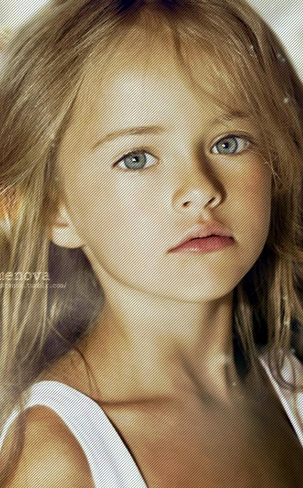 KRISTINA PIMENOVA CHILD MODEL RUSSIA MOSCOW 1932 X 1200