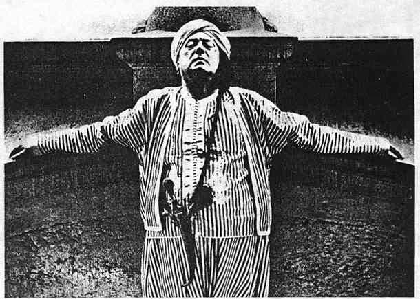أليستر كراولي(1875 - 1947)ابن الشيطان واحد ظهوراته ومؤسس عباده الشيطان فى القرن العشرين_ الكاتب منصور عبد الحكيم 187_1190569998