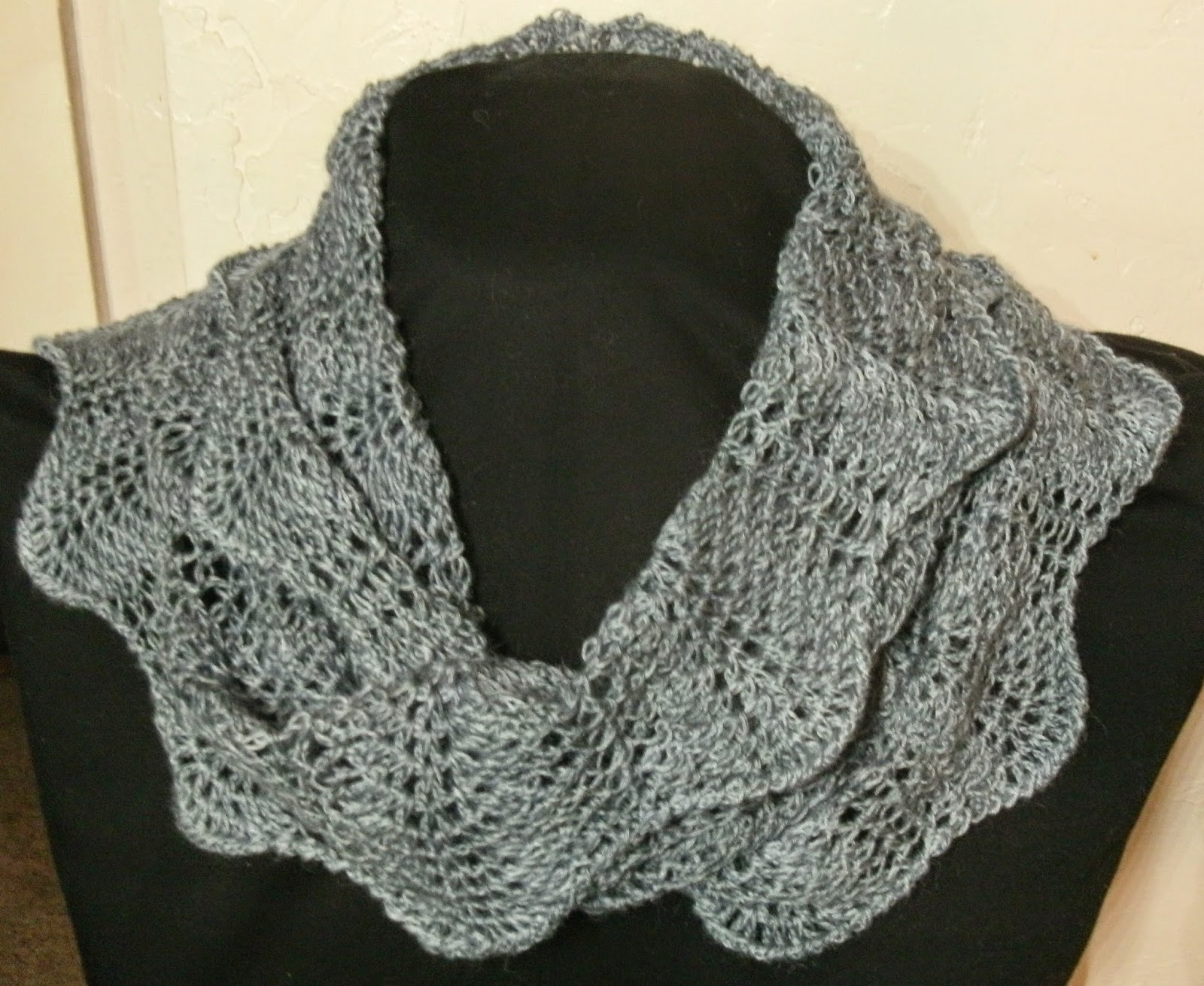 Free crochet pattern for mobius cowl manet for stitch whisper seeking test crocheters for a mobius cowl bankloansurffo Image collections