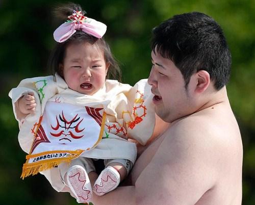 Naki Sumo