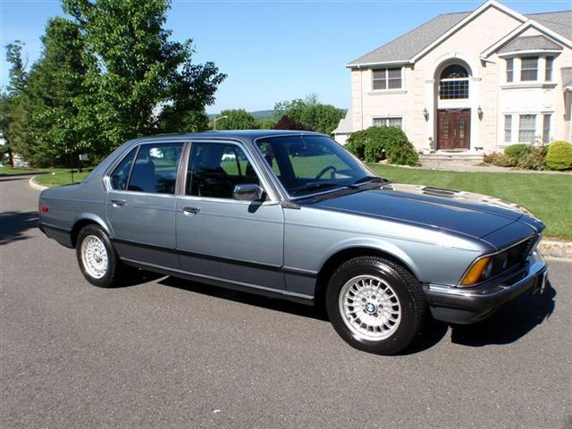 5k Flash: Turbo EuroTrash: 1982 BMW 745i E23