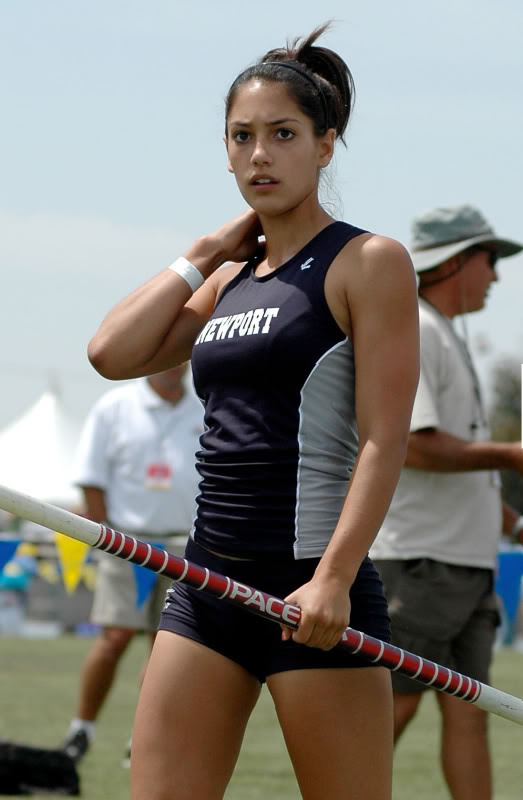 Fashion in one world allison stokke the olympic beauty usa for Usa hot pic