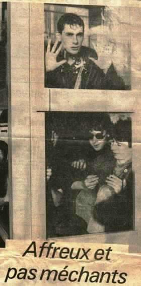 """Deadfuck Commando"""" - 1985 Adolf et les Mekreants est les CHAOS, le not dead anglais,OTH,Kambrones,panik LTDC ,Meteors. . .,  1e Blaspheme: un peu skin   +  Lucrate Milk, mkb . . .,  le Poï est plus rock: OTH ,Little Bob,...  Pedro est rock : Dogs , Inmates , Jam   ... mais on écoute surtout Maladie Wargasm"""