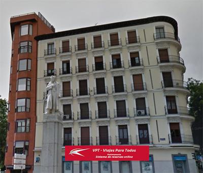 El grupo turístico Transvía ocupa Ferraz 3