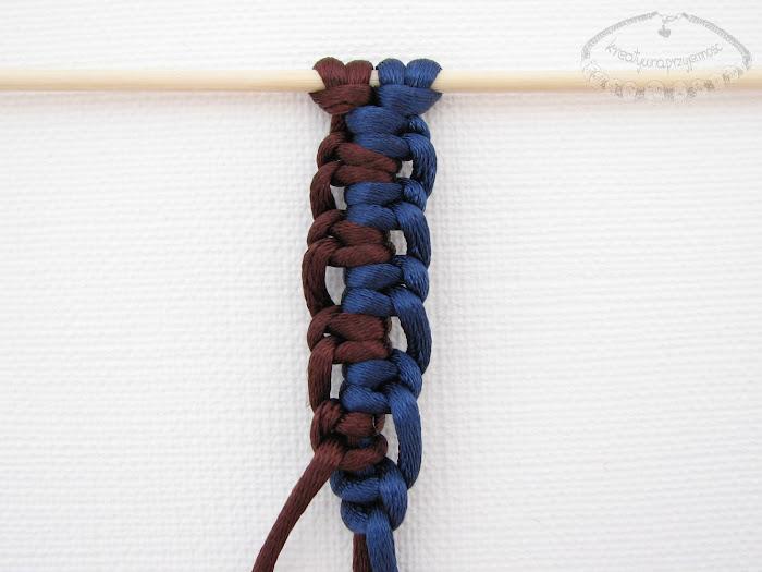 Podwójny węzeł łańcuszkowy wykonywany na 4 sznurkach