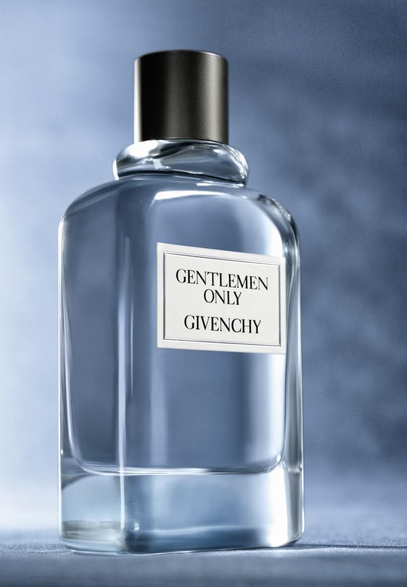 6f0b8635db7 Gentlemen Only é uma nova versão de um perfume que foi lançado por Hubert  Givenchy em 1975
