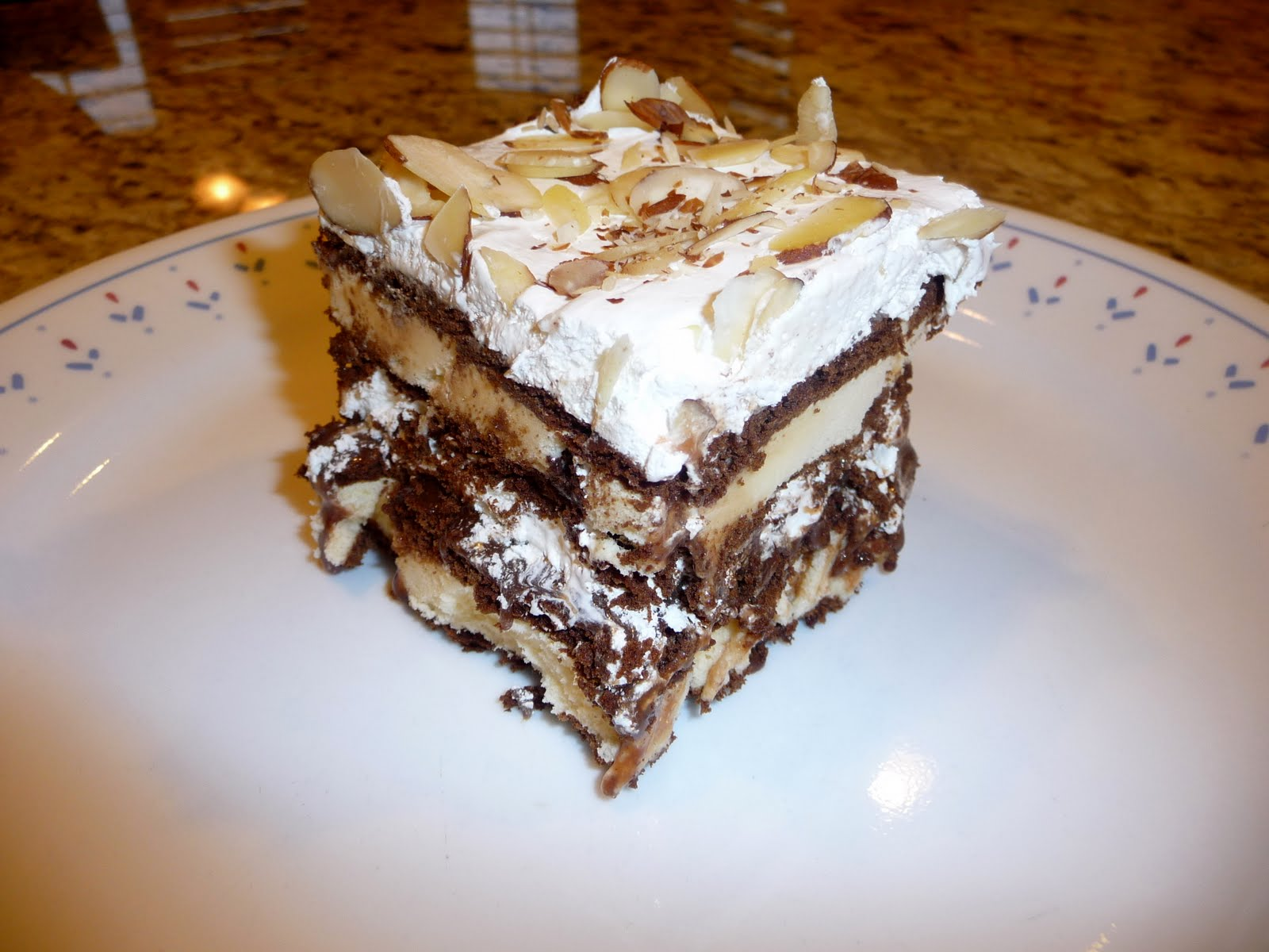 Ice Cream Sandwich Cake With Cool Whip