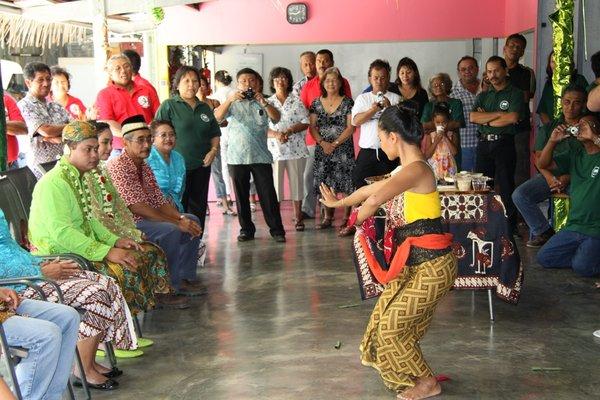 Pernikahan Adat Jawa di New Caledonia