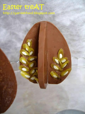 easter egg 3D chocolate lekue