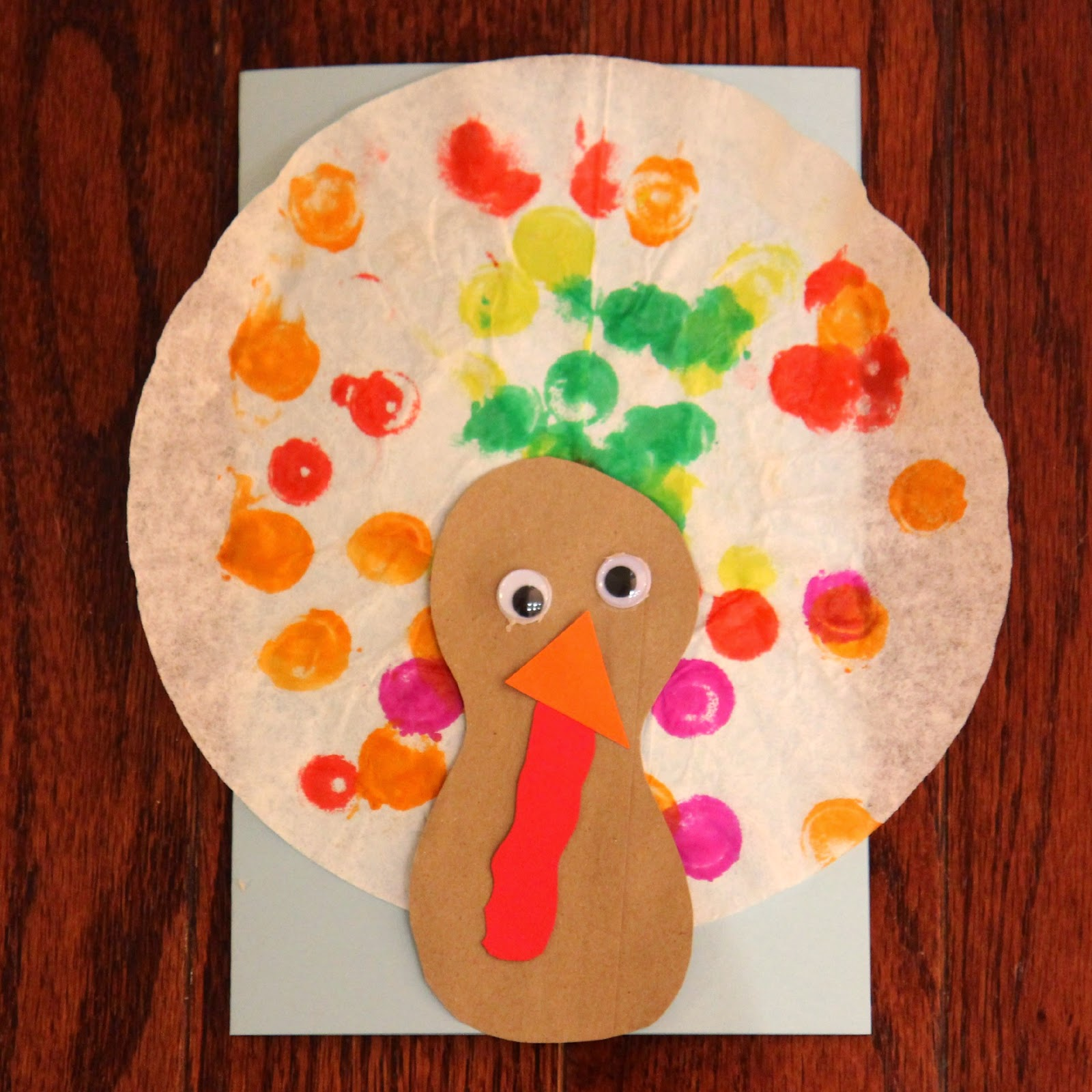 Toddler approved easy toddler turkey craft with coffee for Turkey country arts and crafts