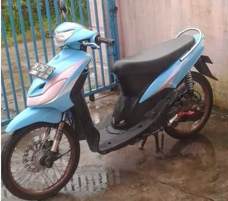 terbaru modifikasi motor mio sporty warna biru