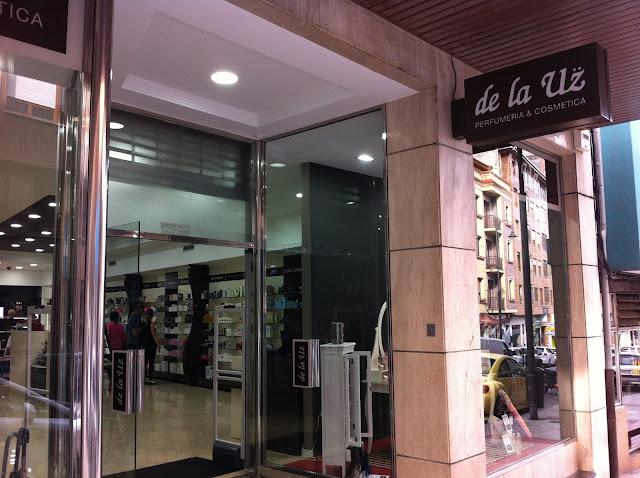 Perfumería de la Uz. Avilés. Punto de venta Eva Rogado