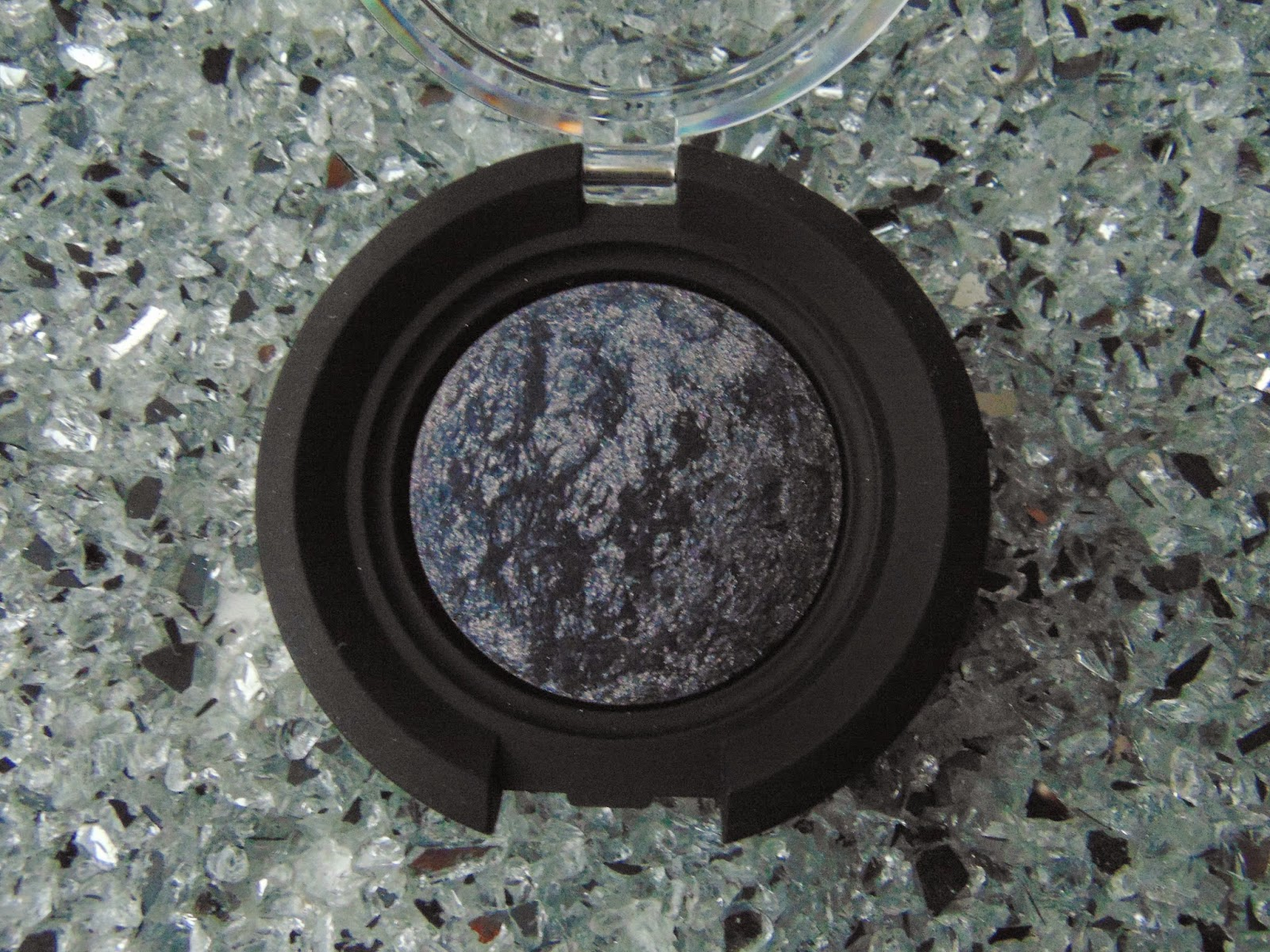 KIKO Colour Sphere Eye Shadow - Nr. 26 - www.annitschkasblog.de