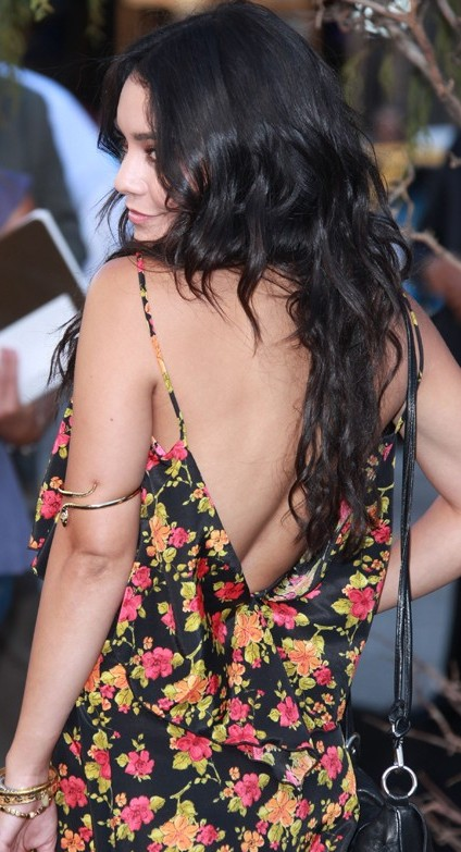 vanessa hudgens super hot sexy pics photos