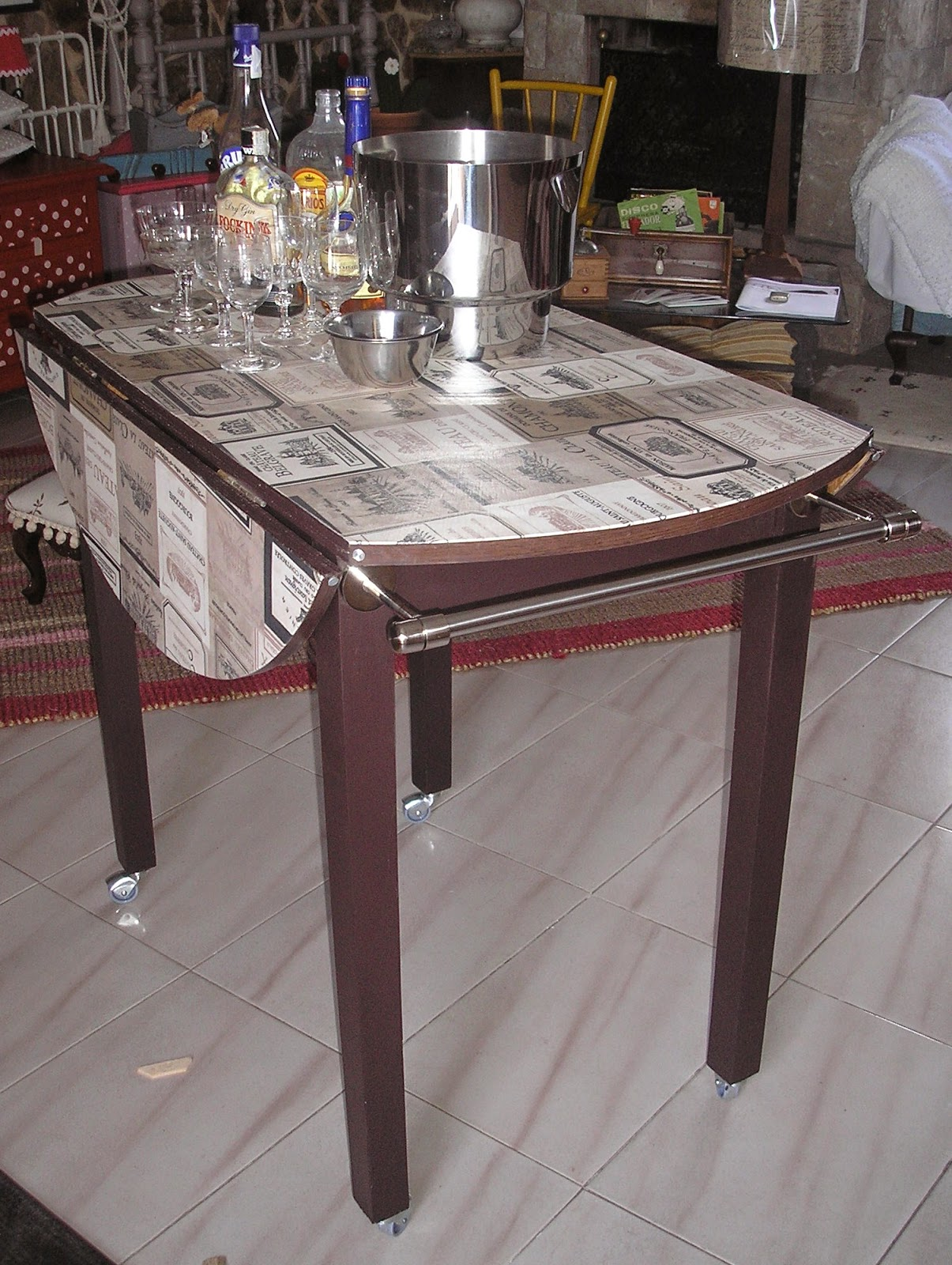 El desvan de mamen mesa de cocina convertida en camarera - Camareras de cocina ...